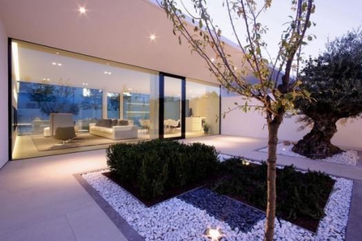 016-jesolo-lido-pool-villa-jm-architecture