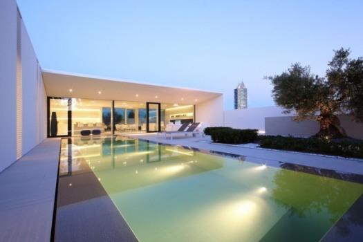020-jesolo-lido-pool-villa-jm-architecture