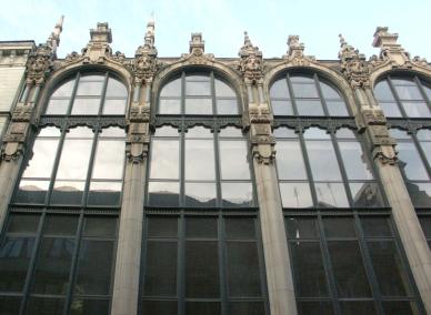 Fragment fasady domu handlu hurtowego firmy Schlesinger & Grünbaum, Wrocław. www.muzeumsecesji.pl