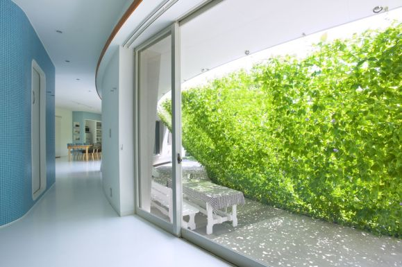 Green Screen House, Saitama, Japonia, Hideo Kumaki Architect; Fot. Yukinori Okamura