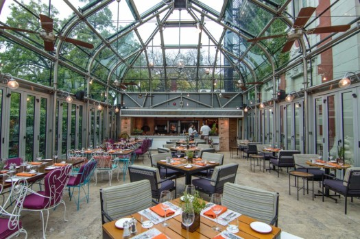 The-Most-Beautiful-Glass-Restaurants-in-the-World-8