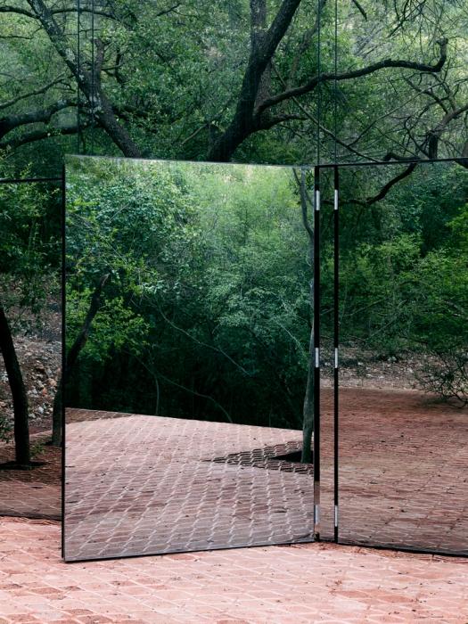 lustra na elewacji